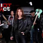 RIOT ACT: VIDEO ΓΙΑ ΤΟ SWORDS AND TEQUILA