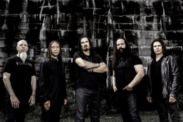 DREAM THEATER'S LOST NOT FORGOTTEN ARCHIVES: MASTER OF PUPPETS - LIVE IN BARCELONA 2002 TO BE RELEASED ON AUTOGRAPHED LIMITED EDITION VINYL
