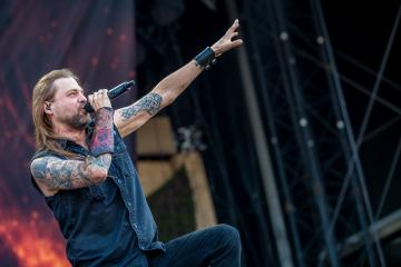 EX-ICED EARTH SINGER STU BLOCK OFFICIALLY REJOINS INTO ETERNITY: 'WE HAVE LOTS OF EXCITING THINGS COMING'