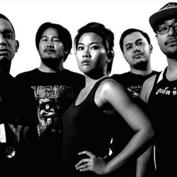 Senjakala: Ίσως το καλύτερο συγκρότημα με γυναικεία φωνητικά