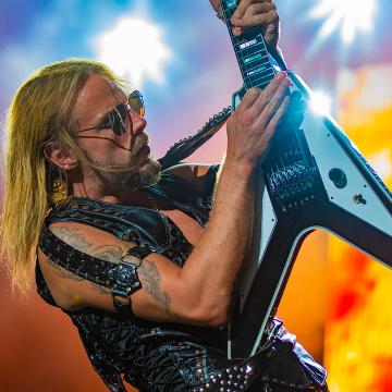 JUDAS PRIEST'S RICHIE FAULKNER HOSPITALIZED FOR 'MAJOR MEDICAL HEART CONDITION ISSUES'