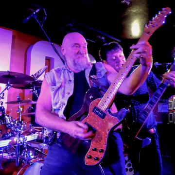 """BRITISH NWOBHM LEGENDS ANNOUNCE A NEW DOUBLE LIVE ALBUM WITH """"GUARANTEED NO OVERDUBS"""" !"""