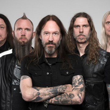 "HAMMERFALL: NEO LIVE ALBUM ME TΙΤΛΟ ""LIVE! AGAINST THE WORLD"""