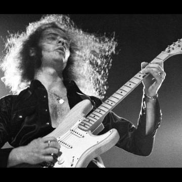 RITCHIE BLACKMORE BY ROSS HALFIN VIDEO TRAILER LAUNCHED FOR UPCOMING BOOK