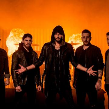 """THE RAVEN AGE FEATURING IRON MAIDEN BASSIST STEVE HARRIS' SON RELEASE NEW SINGLE / LYRIC VIDEO """"NO MAN'S LAND""""; NEW ALBUM DUE IN SEPTEMBER 2021"""