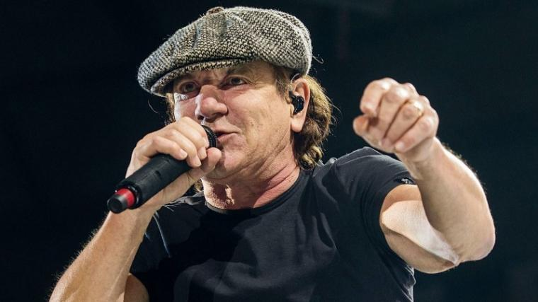 BRIAN JOHNSON: ΜΙΛΑ ΓΙΑ ΤΗΝ ΑΠΟΧΩΡΗΣΗ ΑΠΟ ΤΟΥΣ AC/DC