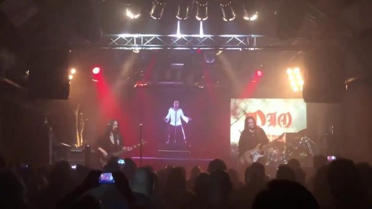 "TO HEAVEN AND HELL ΑΠΟ ΤΗΝ ΕΜΦΑΝΙΣΗ ""DIO RETURNS: THE WORLD TOUR"" ΑΠΟ ΤΟ BOCHUM"